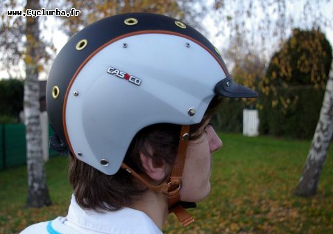 Casco E-Motion